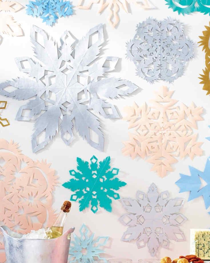 Paper Snowflake Décor