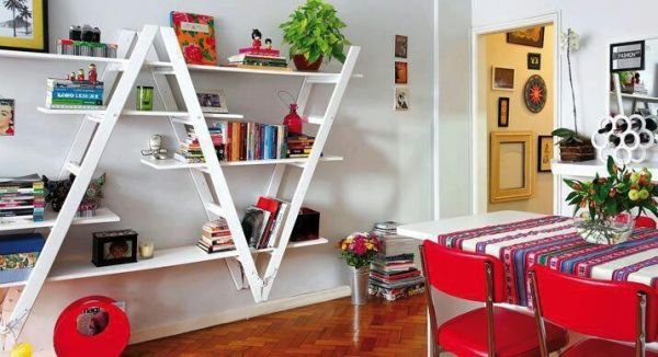 DIY ladder shelf small