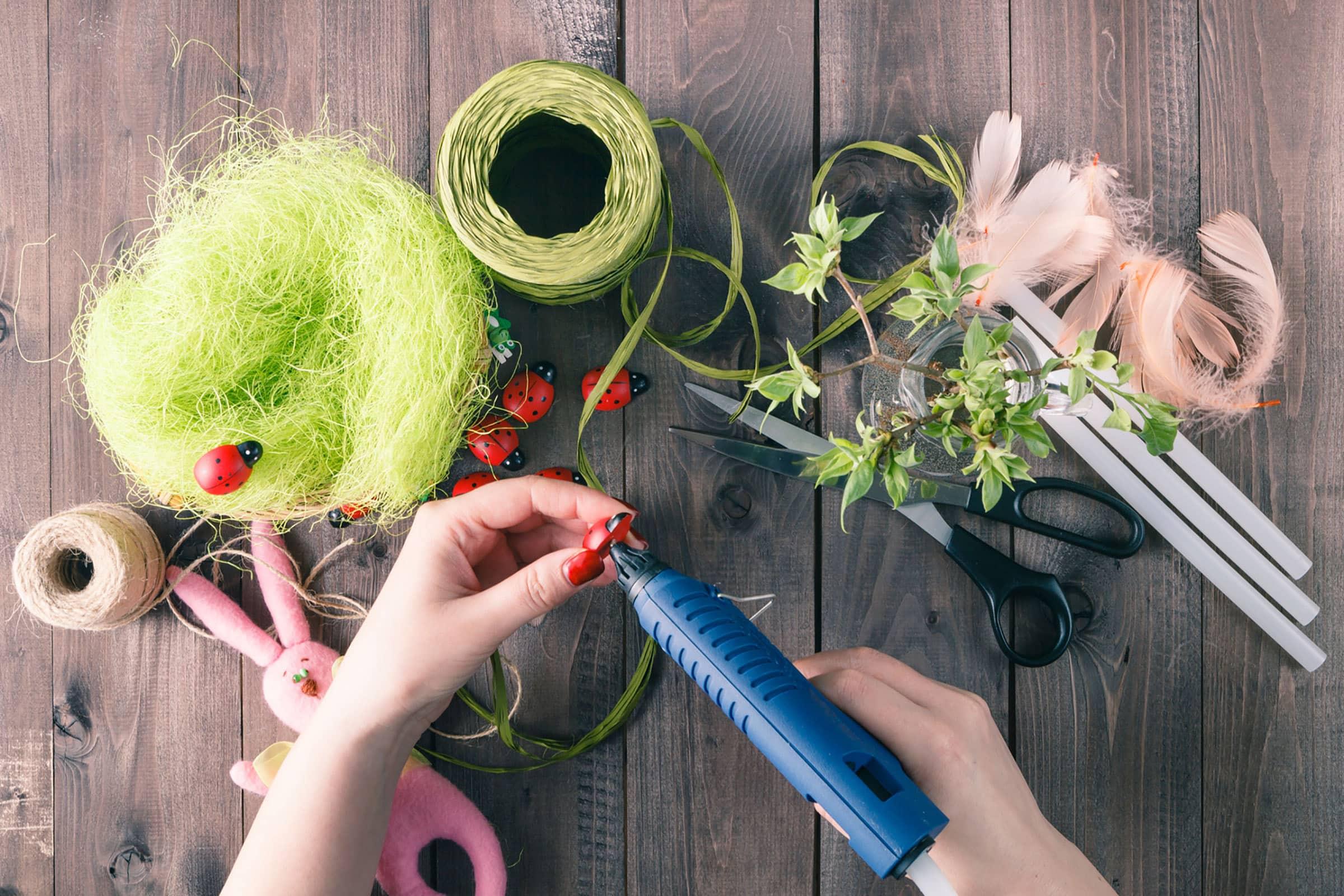 The Best Hot Glue Guns for Beautiful DIY Crafts - 27 Reviews