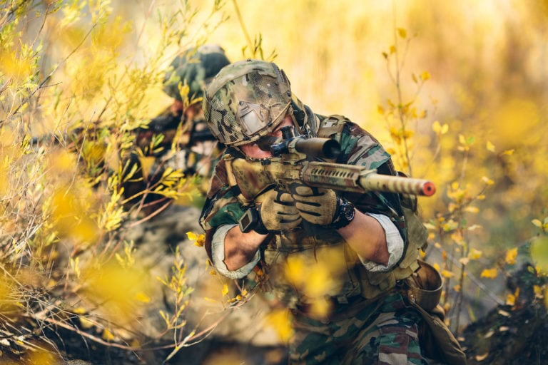 The 4 Best Airsoft Scopes for Beginners and Serious Players