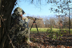 Gear Review: The Best Shooting Sticks for Hunting
