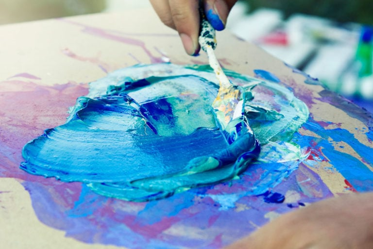 The Best Palette Knives for Painting Masterpieces