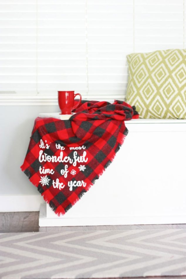 Flannel No Sew Blanket With Cricut