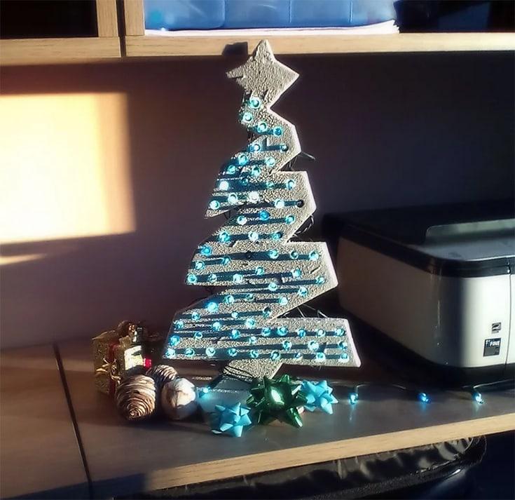LED Wooden Mini Christmas Tree
