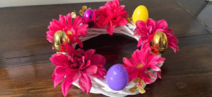7 Awesome Easter Chick Craft Place Holders You Can Make at Home