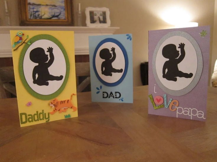 Baby Sign Language Card in different colors on the table