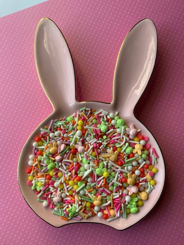 A Bunny Snack Bowl on a pink mat