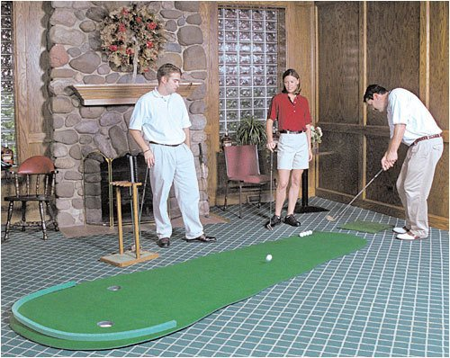 The Best Indoor Putting Greens: 2017 Buyer\'s Guide & Reviews