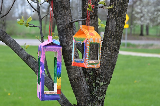 Birdhouse Crafts for Kids hanged on the tree