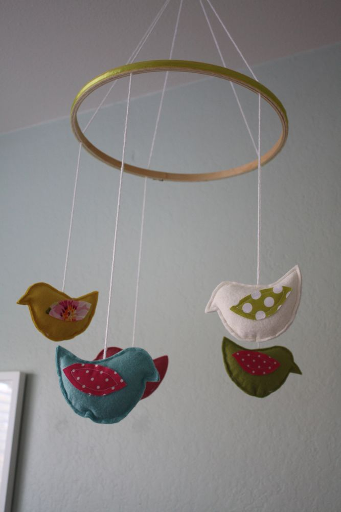 cute little mobile birdie for the new nursery