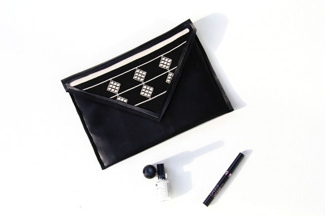 BLACK FAUX LEATHER CLUTCH DIY in white background