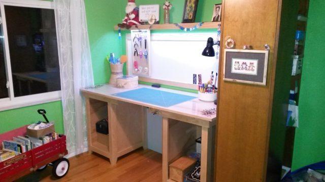 Corner Craft Table