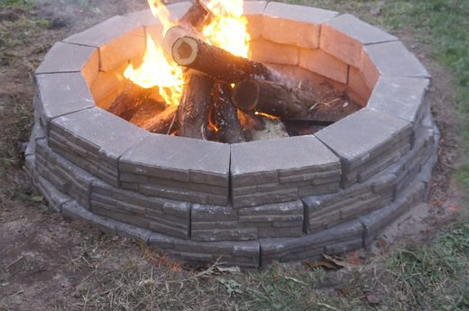 Simple Stone Fire Pit
