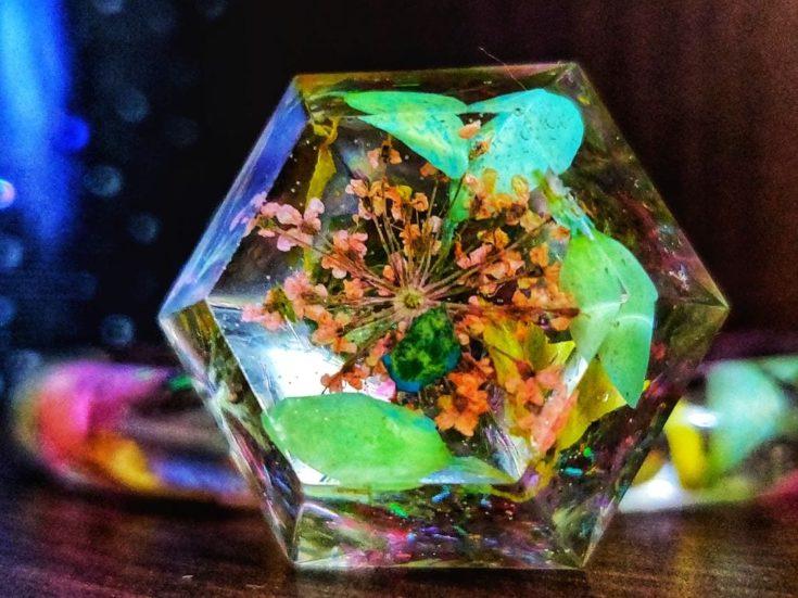 DIY Resin Jewellery Craft