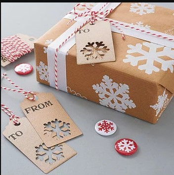Snowflake Wrapping Paper, Tag and Pin