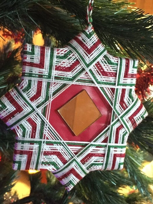 Ecuadorian Star string art on christmas tree