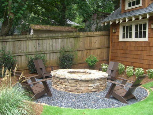 Pebbled Social Area Fire Pit
