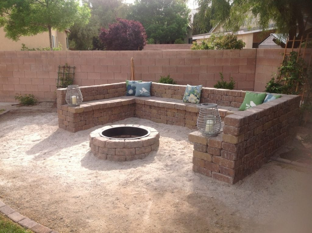 Brick Round Fire Pit with Brick seating