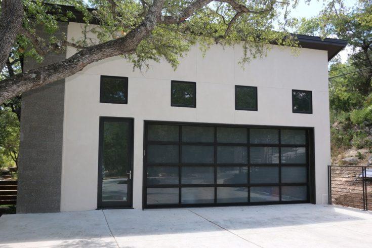 Full-view overhead garage door