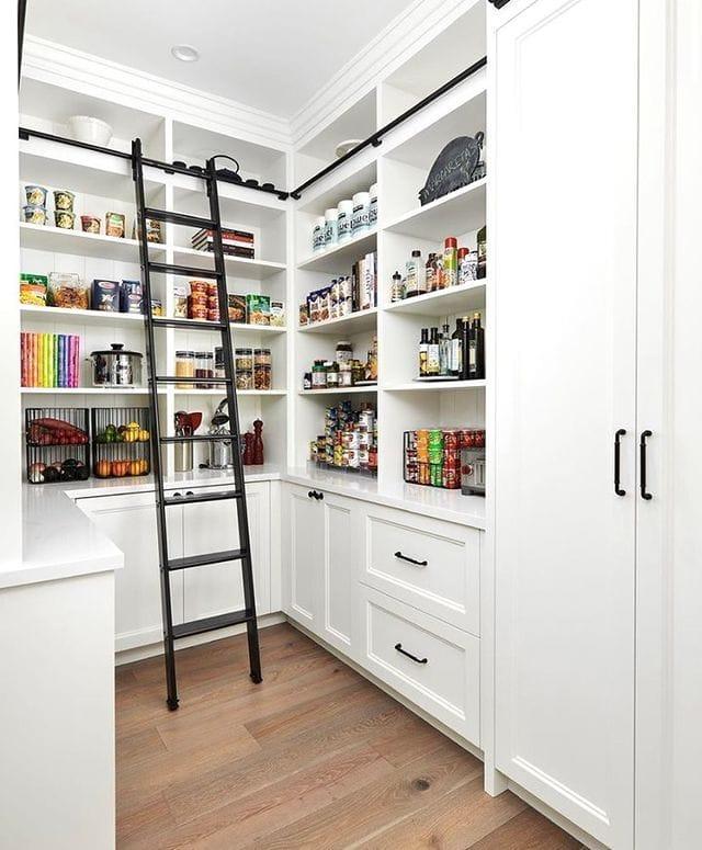 Open storage for kitchen