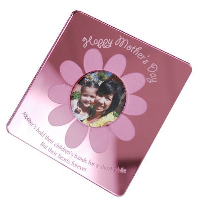 Mother's Day Magnets in a white background.