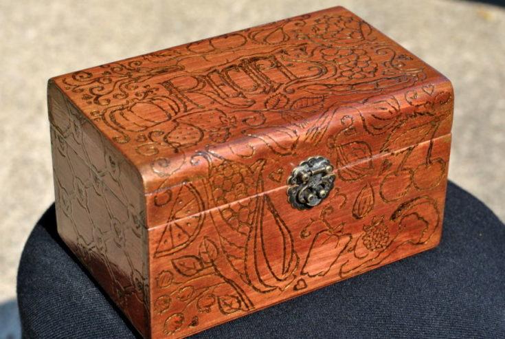 Wood Burn design in an Old Fashioned Recipe Box
