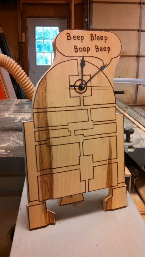 R2D2 Woodburning Clock Idea