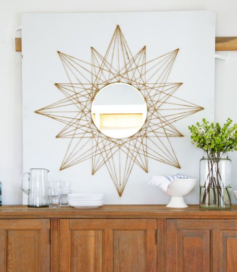 Mirror looks elegant on the string art sun burst design.