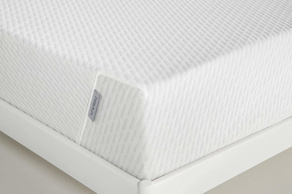 White tuff an needle mattress