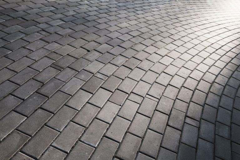The Best Paver Sealers for the Perfect Wet Look