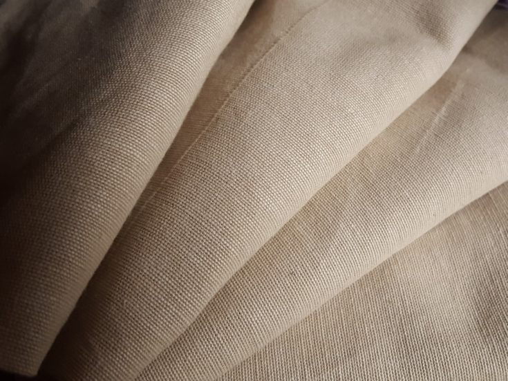 Woven fabric for interfacing